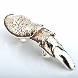 Bijules Haute Finger Ring