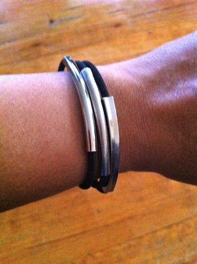 Good double wear ponytailer bracelet close up review