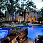 3 Standout Luxury Properties Of 2013