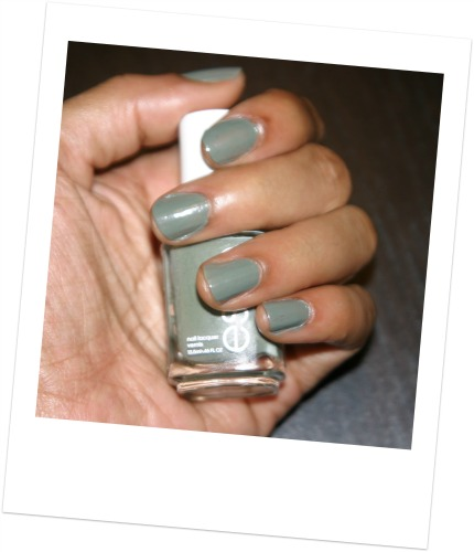 Essie nail polish Sew Psyched review and swatch