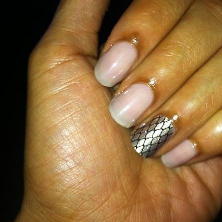 Sally Hansen Essie Au Natural nail polish