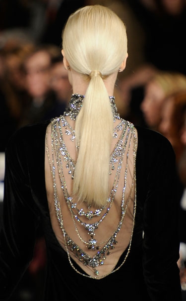 3 simple steps to the perfect ponytail